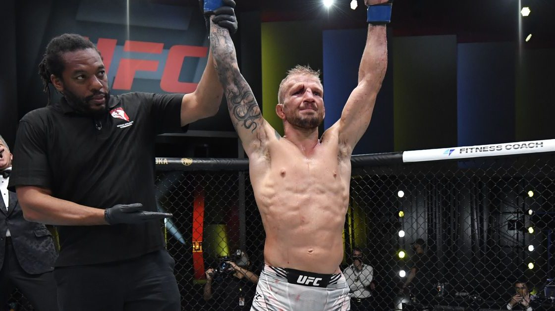 Dillashaw expects a three-month recovery from knee surgery